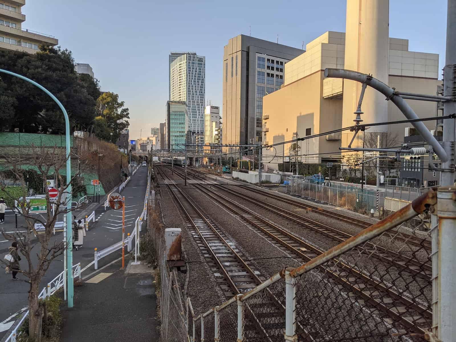 渋谷恵比寿区間の陸橋